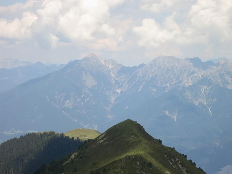 Tanneben - Salfeins - Grieskogel - Breitschwemmkogel - Angerbergkopf - Schaflegerkogel - Furggesalm - Bergheim Fotscher Hütte