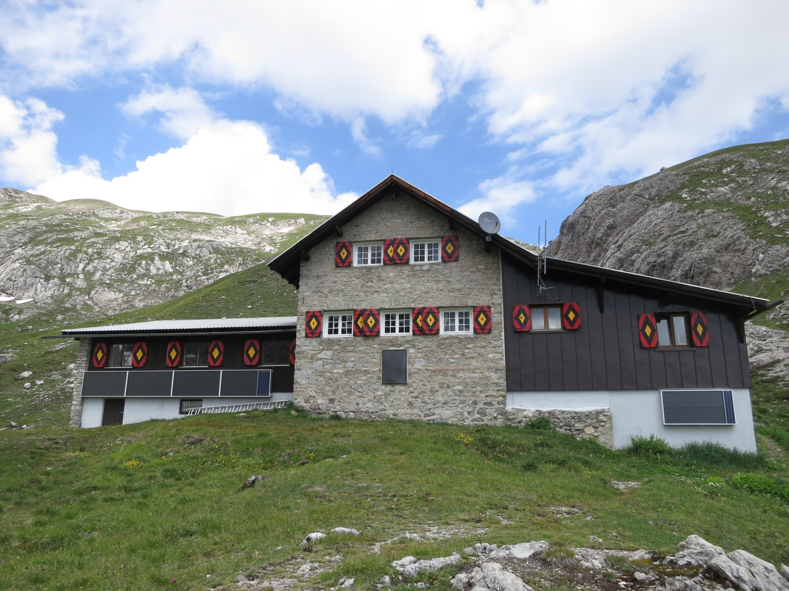 W rttemberger haus 2220m h tte alm for Haus foto